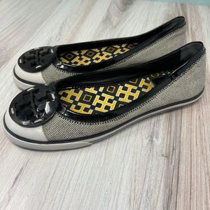 TORY BURCH Channing Canvas Patent Skimmer Flats